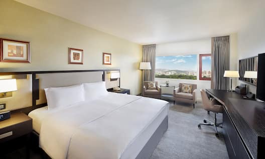 Business Suite Executive Bedroom