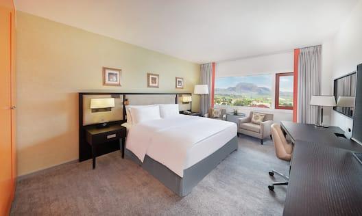 Ambassador Suite Master Bedroom
