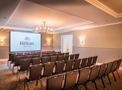 Meeting Room Theatre with Projector Screen