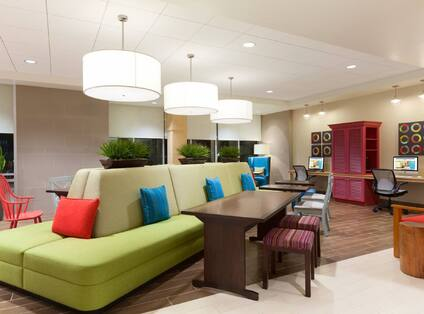 Oasis Lobby With Work Station