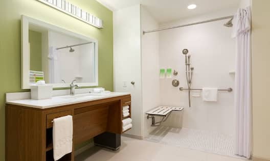 Accessible Shower King & Queen Suites