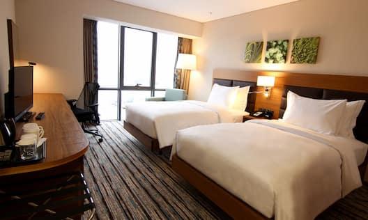 Double Twin Bedroom Guestroom