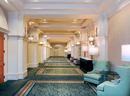 Royal Palm Foyer