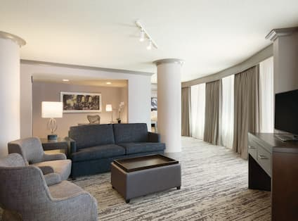 EPresidential Suite Living Area
