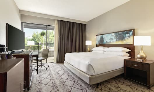 King Guestroom with Pool View
