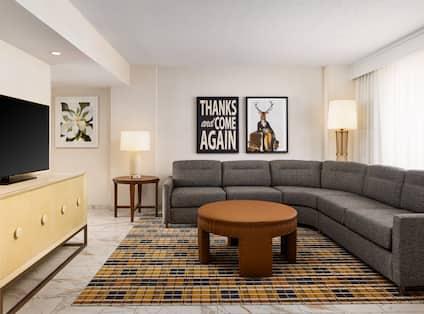 presidential suite lounge area