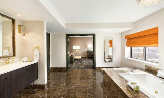 Penthouse Studio Suite Bathroom