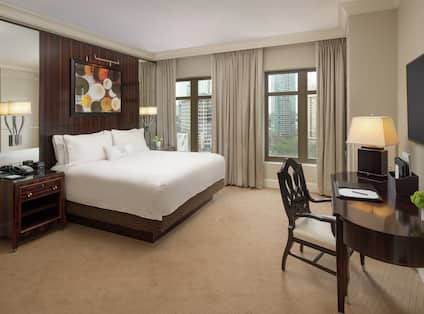 Premium King Guestroom with Bed, Work Desk, Outside View, and Room Technology