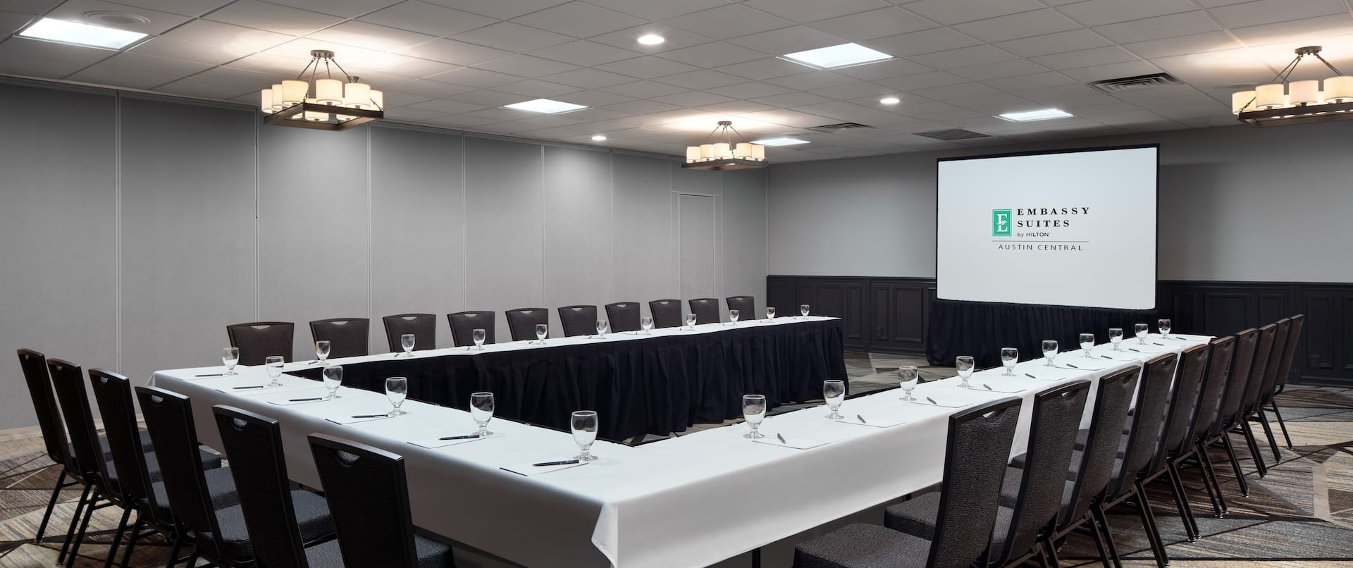 Ballroom U-Shape Table Layout with Projector Screen