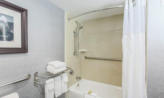 ADA Guest Room Bathroom with Bathtub