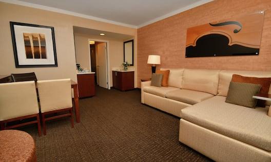 King Suite Living Room