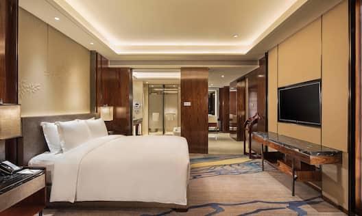 King Deluxe One Bedroom Suite