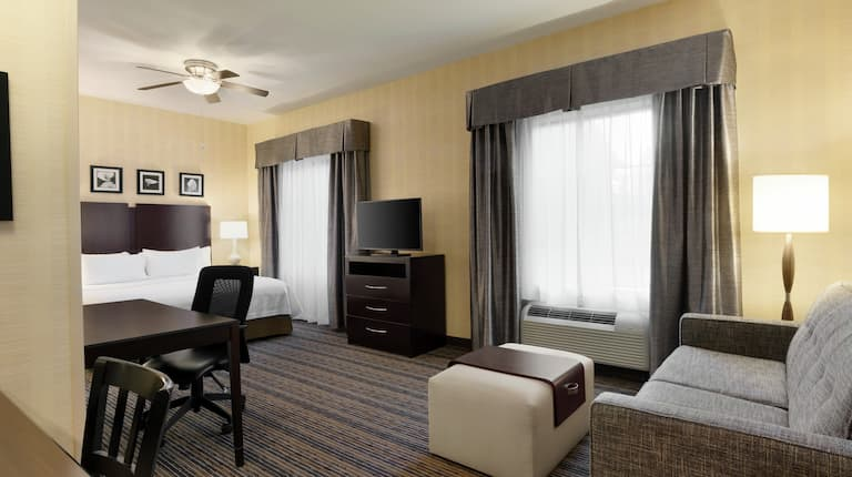 Homewood Suites by Hilton Newtown, PA Hotel