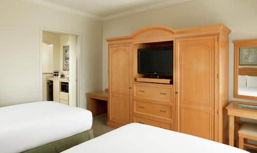 Suite with Double Beds and HDTV