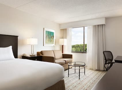 DoubleTree by Hilton Hotel Hartford - Bradley Airport, CT - King with Sofabed