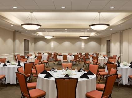 DoubleTree by Hilton Hotel Hartford - Bradley Airport, CT - Ballroom