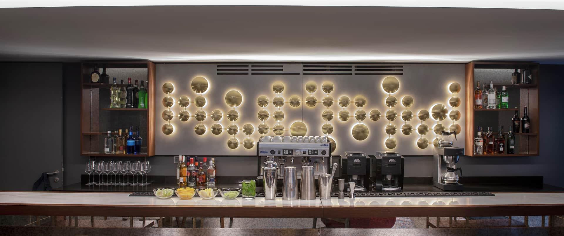Hilton Hotel Bar in Lobby