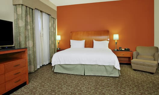 Accessible Suite with King Bed, Lounge Area, and Room Technology