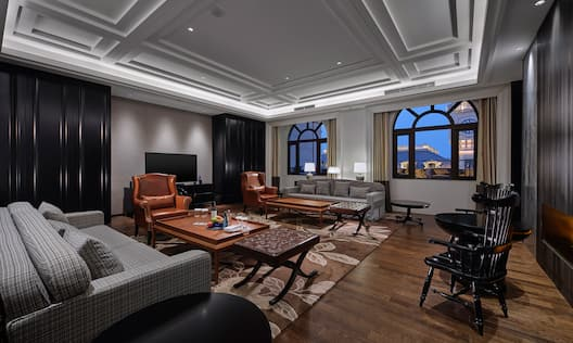 Presidential Suite Living Area with Two Large Bay Windows