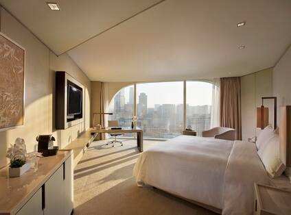 Executive Corner Room with Panoramic View