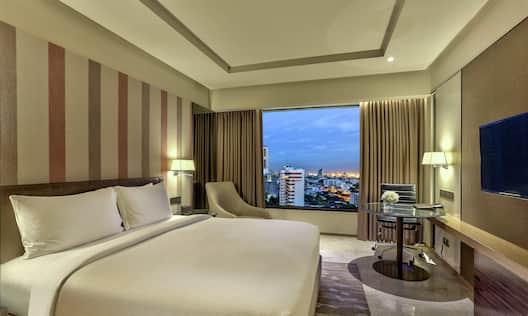 King Deluxe Guestroom
