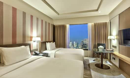 Twin Deluxe Guestroom