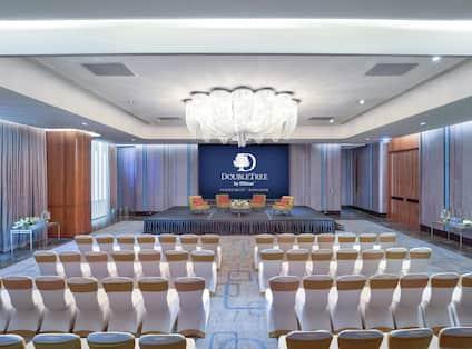 Ballroom Conference Set-Up