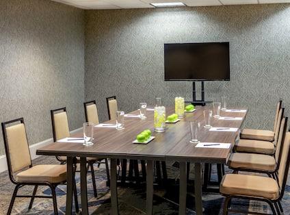 Robertson Room Boardroom Setup