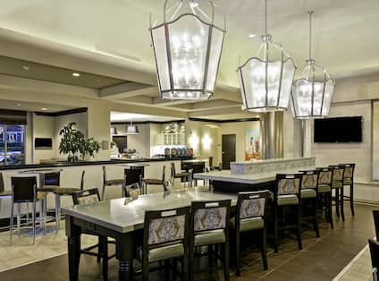 Lobby Dining Area with Community Tables