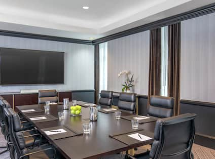 Franklin Boardroom with HDTV