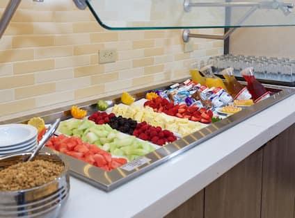 Breakfast Area Fruit