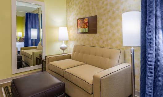 Home2 Suites by Hilton Buffalo Airport/ Galleria Mall Hotel, NY - Living Area