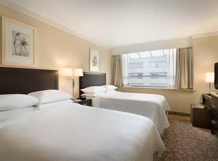 2 Room 2 Double Beds Suite