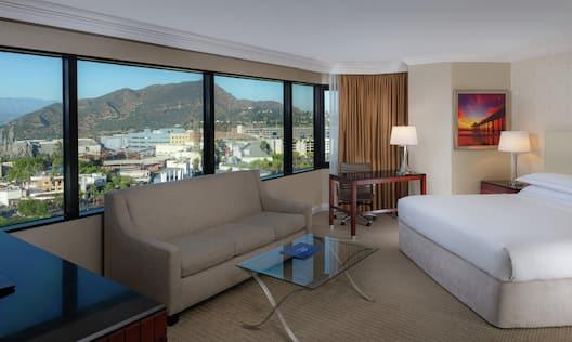 King Corner Universal View Room