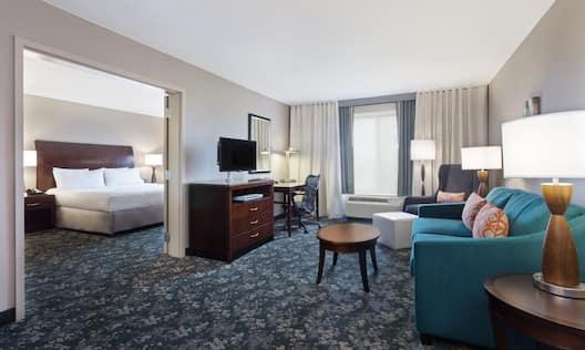 King Bedroom Whirlpool Suite