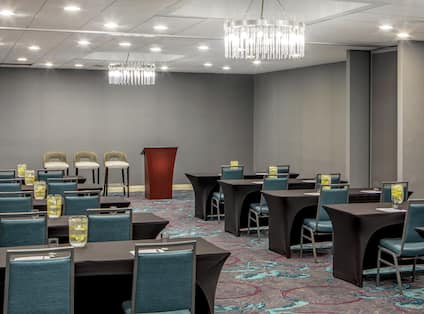 Hosting Events and Meetings is a Breeze at our Full Service Maryland Hotel