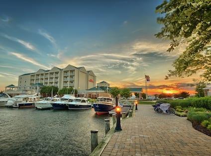 Hotel Marina View at Sunset