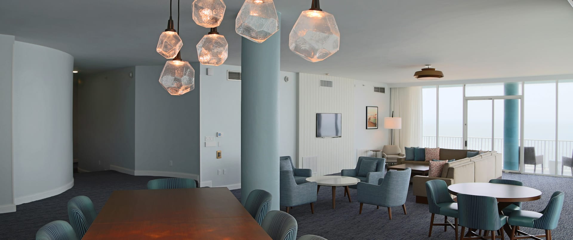 Penthouse Meeting Area and Lounge Seating