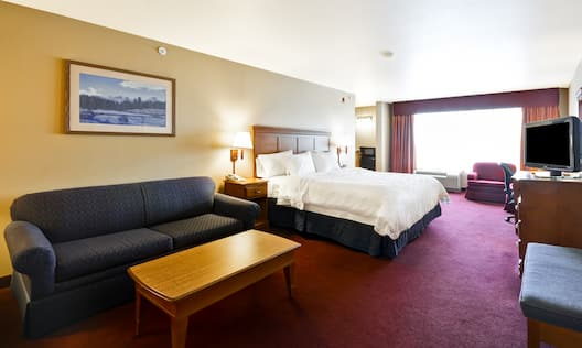 King, Sofa Bed, Fridge