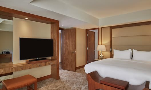 Imperial Suite Bedroom with Room Technology and Mirror