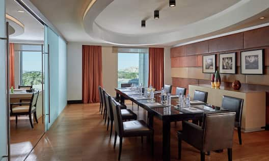 Presidential suite - Meeting room