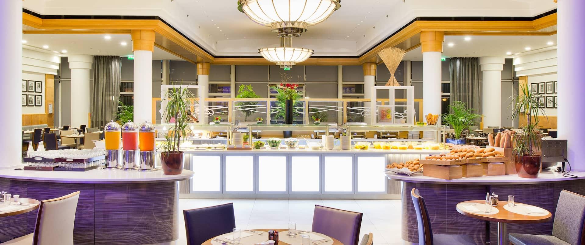 Skylight Restaurant Breakfast Area