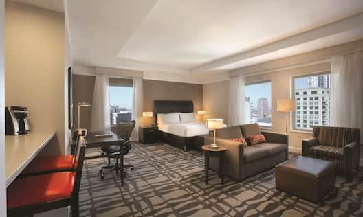King Bed Suite Living Area Guestroom