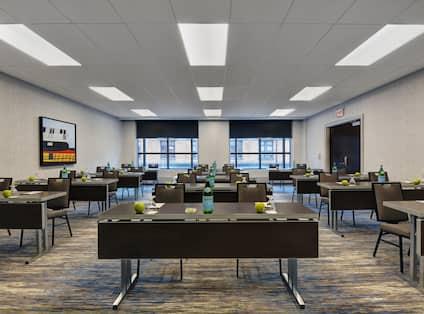 DePaul Meeting Room - Classroom set-up