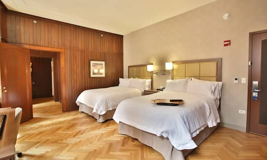 2 Double Beds Guest Room