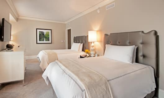 Deluxe Guest Room with Two Double Beds