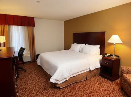 King Guest Room, Wide View