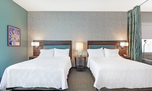 Guest Suite with Double Queen Beds
