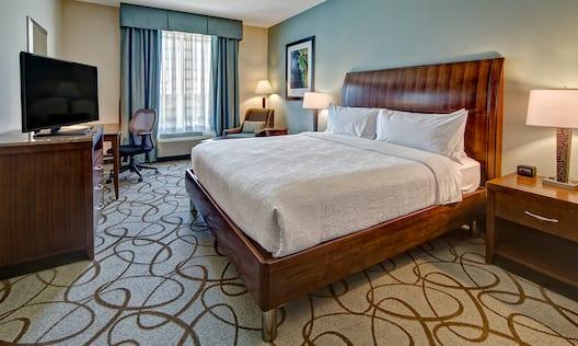 Standard King Bed Guestroom