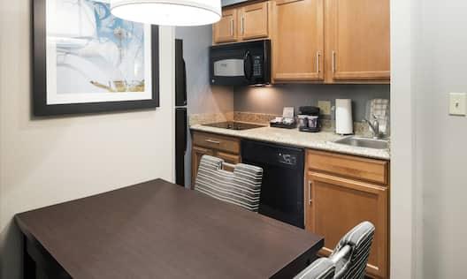 Studio Kitchen with Wetbar
